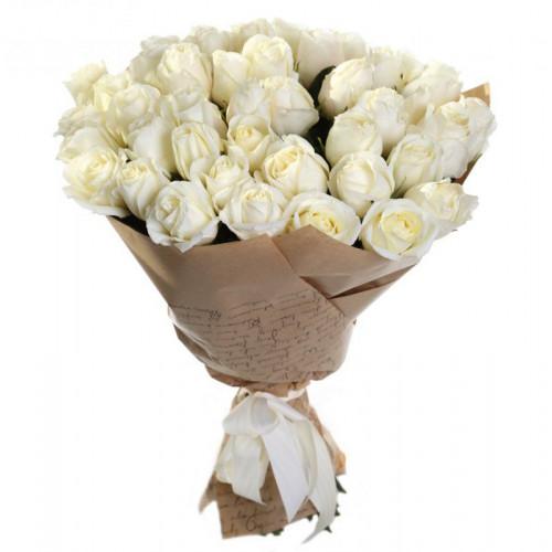 Купить на заказ Букет из 35 белых роз с доставкой в Аягозе