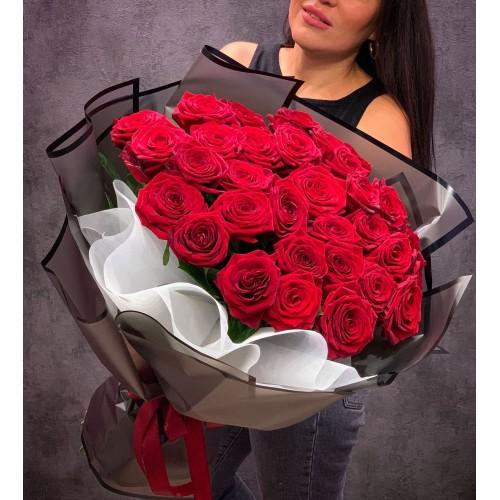 Купить на заказ Букет из 35 красных роз с доставкой в Аягозе