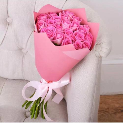 Купить на заказ Букет из 21 розовой розы с доставкой в Аягозе