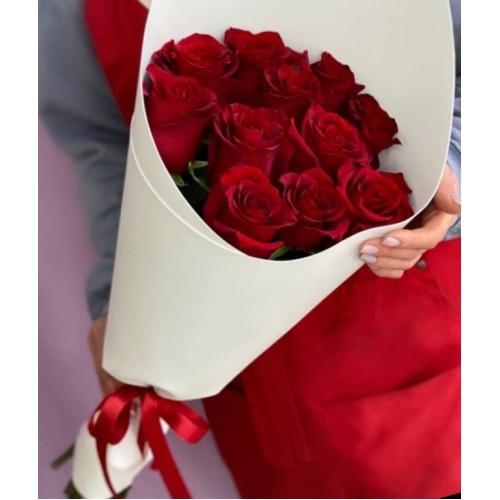Купить на заказ Букет из 11 красных роз с доставкой в Аягозе
